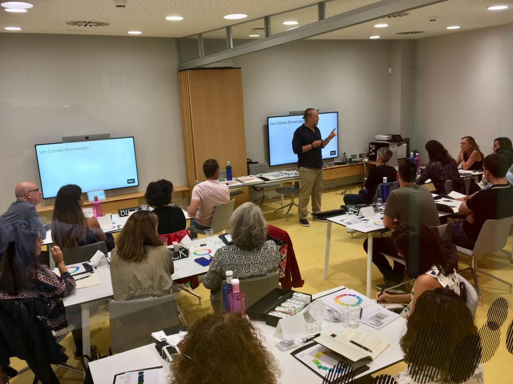 Primer curso de color NCS en España, de IdeColor