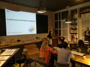"""Curso de color """"NCS para eñ Diseño"""" en Insenia Design School"""